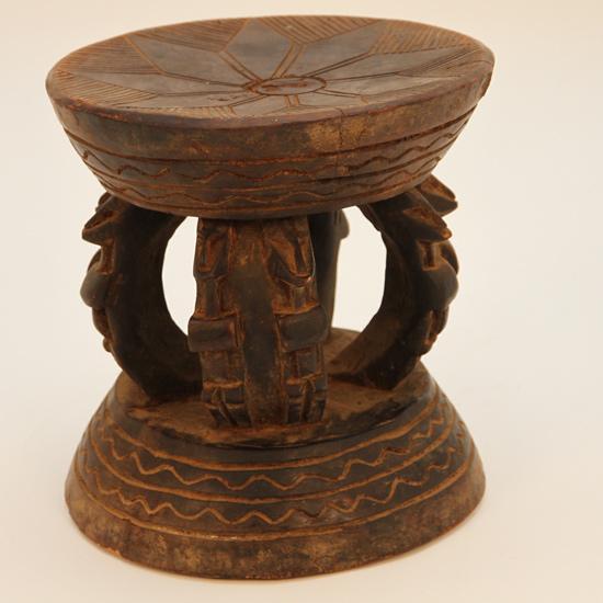 afro craft tabouret dogon mobilier africain. Black Bedroom Furniture Sets. Home Design Ideas